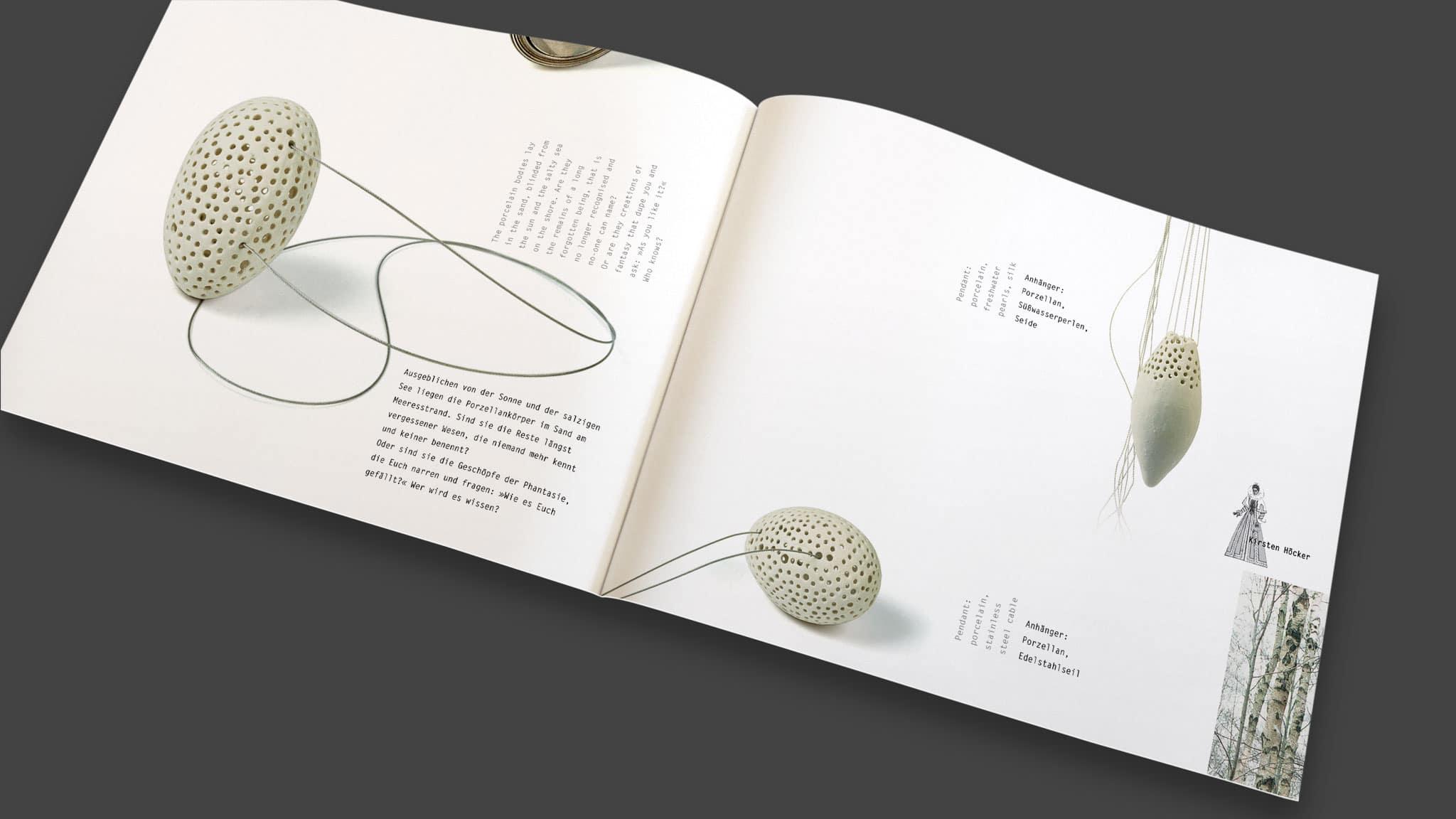 Innenseitendesign eines Ausstellungskatalogs für Schmuckdesign